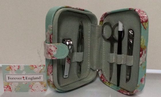 Forever England Manicure Set,5 piece set in a lovely padded box,great gift idea!